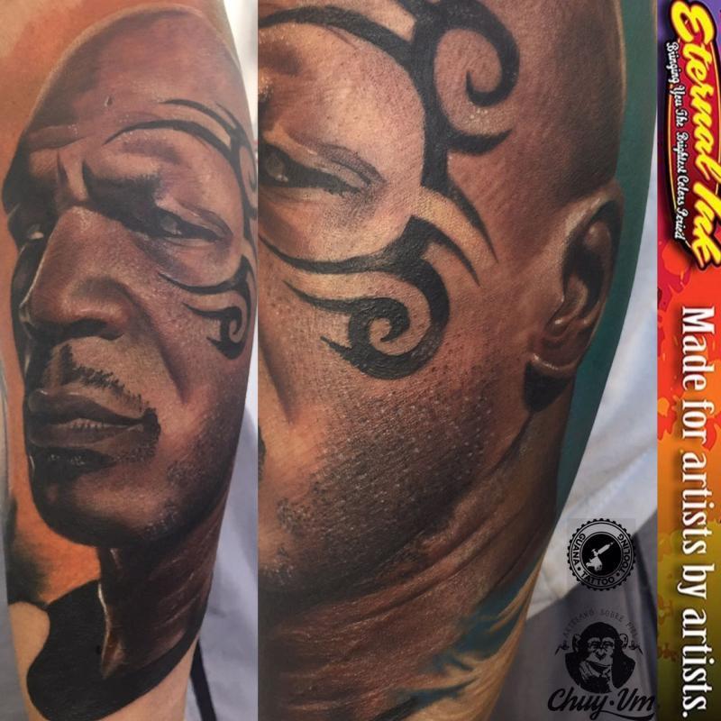 mike tyson tatuaje realizado por Chui Vm