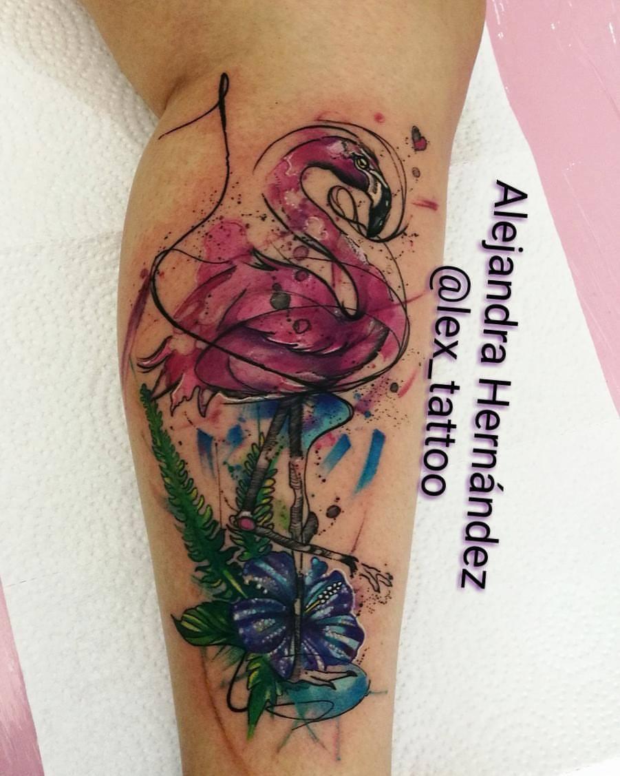 Flamingo tatuaje realizado por Alejandra Hernández