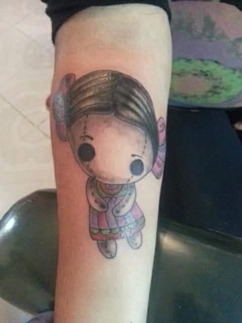Muñeca de trapo tatuaje realizado por TattoDanny