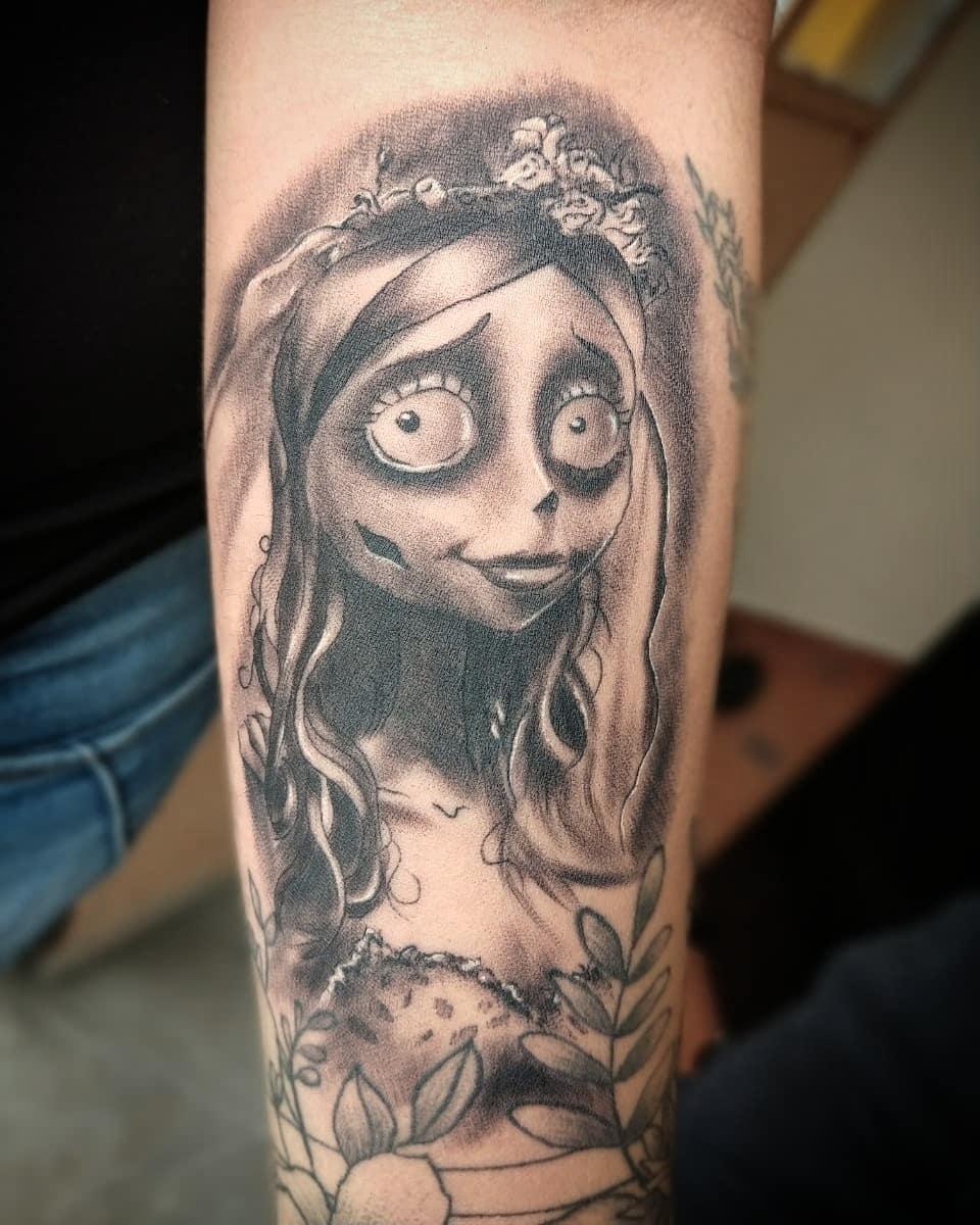 Cadáver de la novia tatuaje realizado por Luis Enrique Tattoo