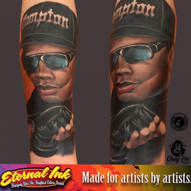 easy e tatuaje realizado por Chui Vm