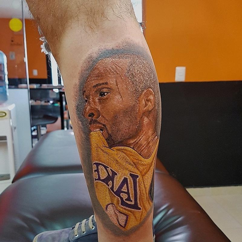 The black mamba  tatuaje realizado por The inkperfect tattoo shop