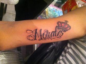Morales  tatuaje realizado por Omar Mendoza