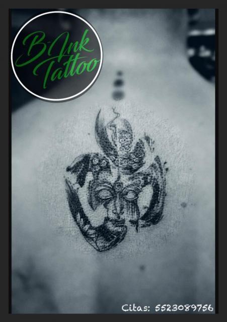 Om Buda  tatuaje realizado por B-Ink Tattoo