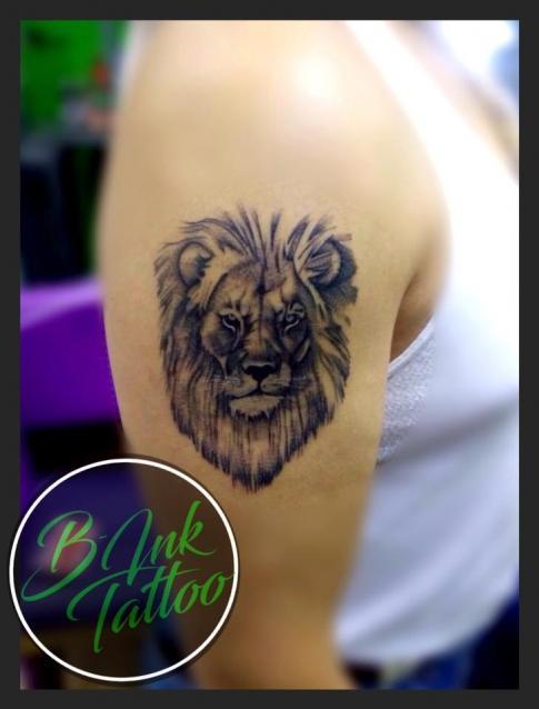 León  tatuaje realizado por B-Ink Tattoo