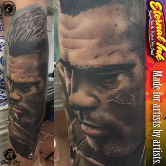 fury brad pitt tatuaje realizado por Chui Vm