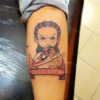 snakers crew tatuaje realizado por The inkperfect tattoo shop