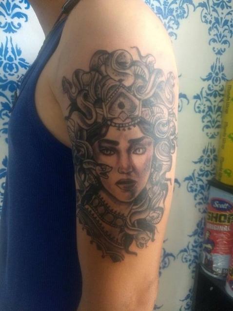 newtradi tatuaje realizado por Rak Martinez