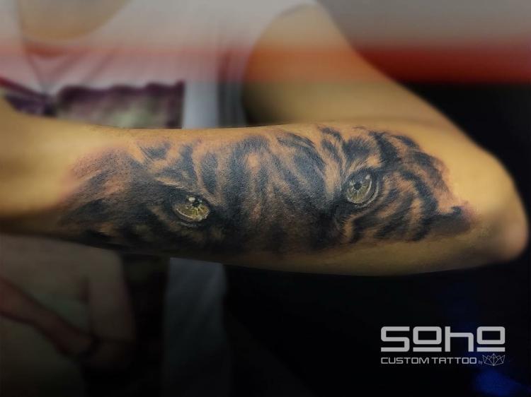 Realismo BY FER  tatuaje realizado por SOHO CUSTOM TATTOO