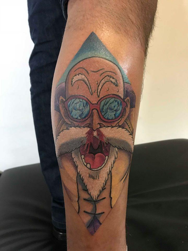 ROSHI tatuaje realizado por Edgar Constantino flores (Tino)