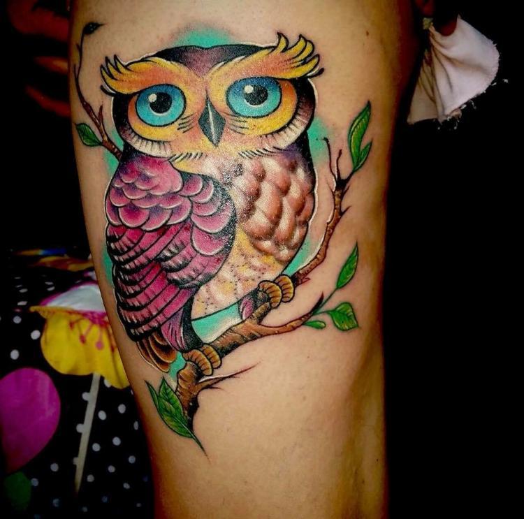 Tatuaje en pierna !!!! tatuaje realizado por Ali Tattoo