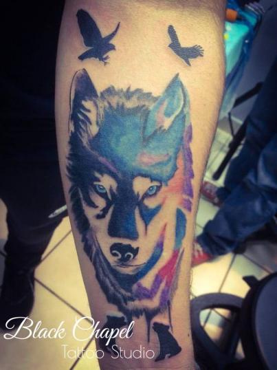 lobo tatuaje realizado por Jonathan Aguirre