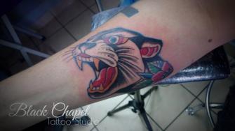 pantera NEOTRADI tatuaje realizado por Jonathan Aguirre