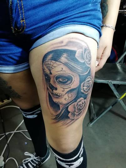 Catrina tatuaje realizado por Juliio Tatuajes