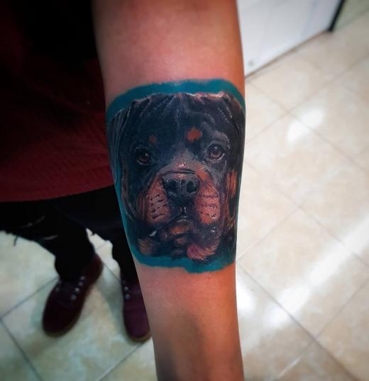 2 tatuaje realizado por Xhander Macuare