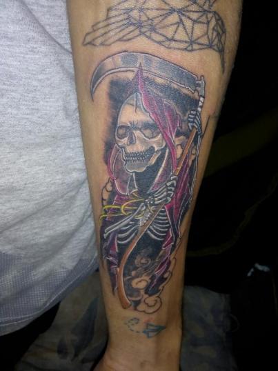Cover up tatuaje realizado por kreador one