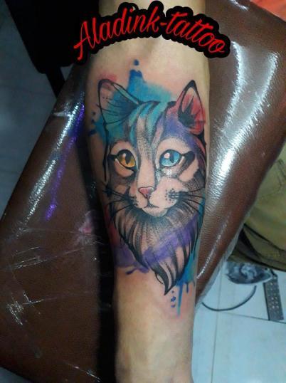 Gatito  tatuaje realizado por Blas Aladid Maya