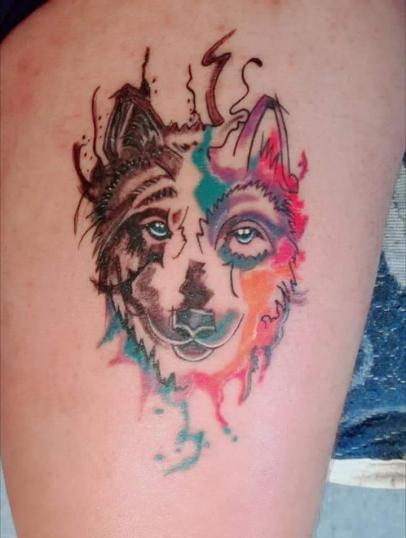 Lobo tatuaje realizado por kreador one