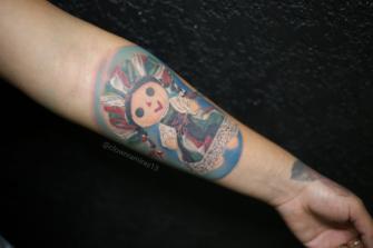 muñeca oaxaqueña tatuaje realizado por Old Gangsters Tattoo Shop