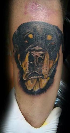 realismo tatuaje realizado por Rene pacheco