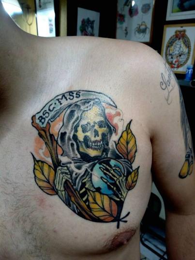 skull tatuaje realizado por Garo Lozada