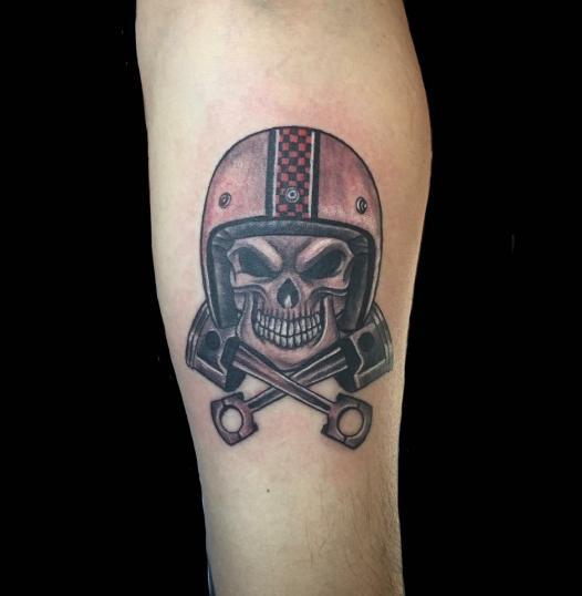 calavera tatuaje realizado por Rene pacheco