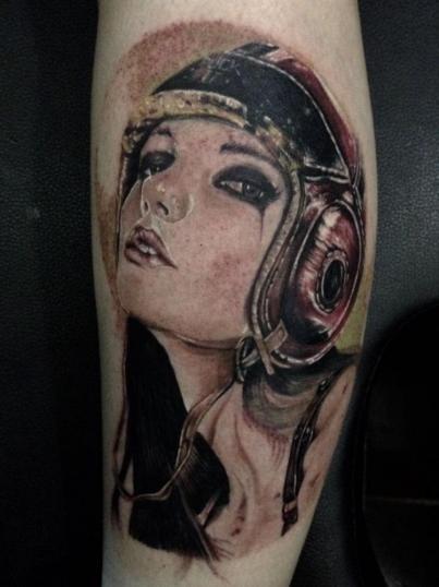 retrato mujer tatuaje realizado por Moreno Ivan (Droes)