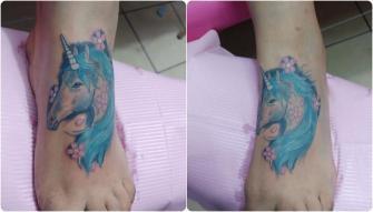 Unicornio  tatuaje realizado por Omar Mendoza