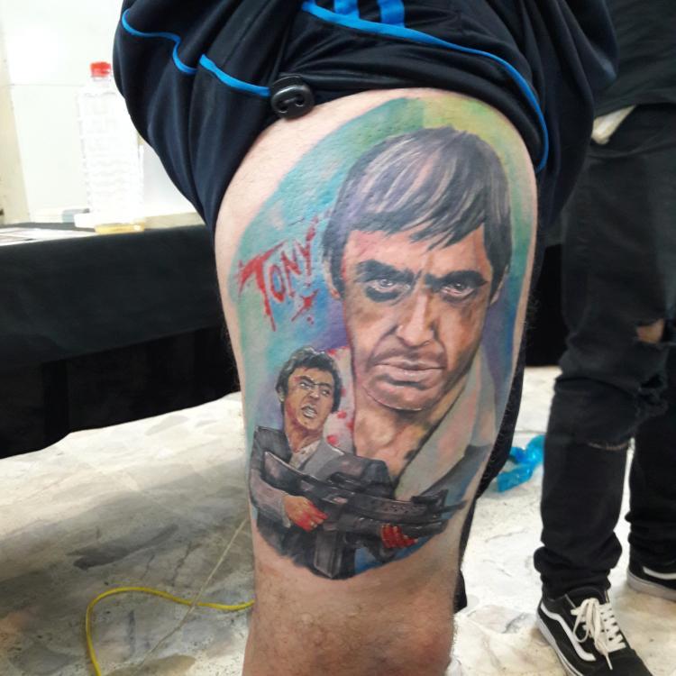 Scare face tatuaje realizado por Ressom esponda