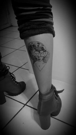 ????#luna tatuaje realizado por Love for tattos