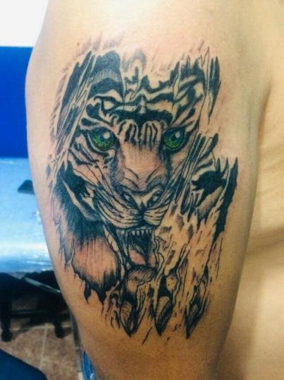 Tigre tatuaje realizado por Dany R. Salazar