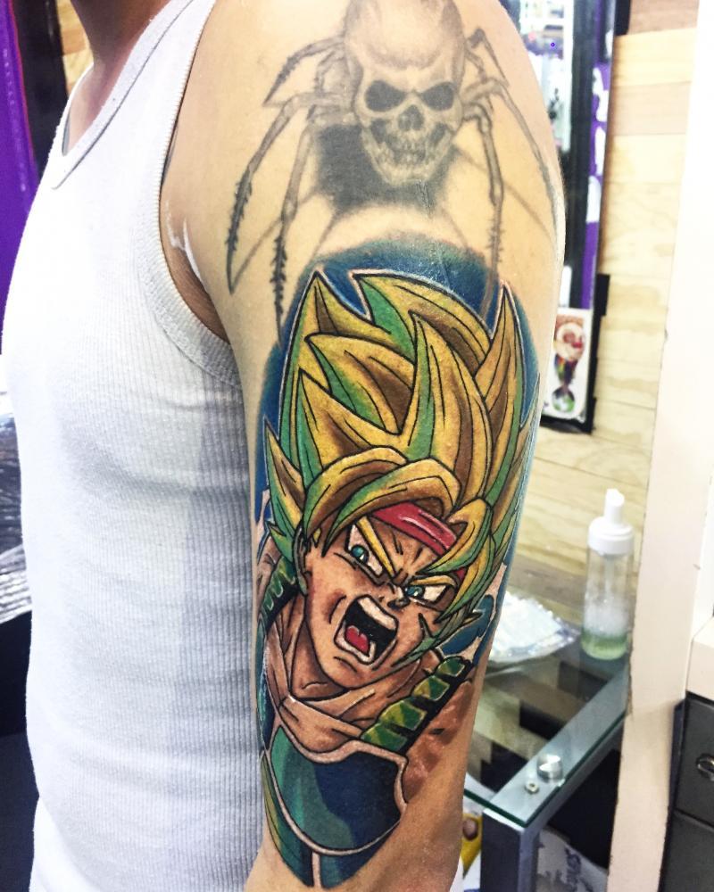 Anime tattoo tatuaje realizado por Ari Guzman