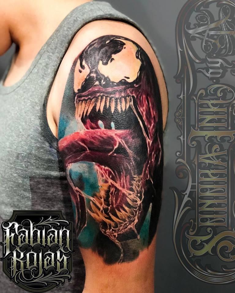 Venom tatuaje realizado por Fabian Rojas