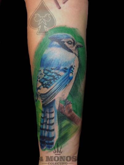 pajarito  tatuaje realizado por Uriel Martínez