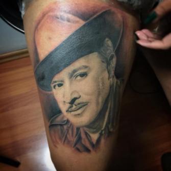 Pedro Infante, realismo tatuaje realizado por Baloo Rodríguez