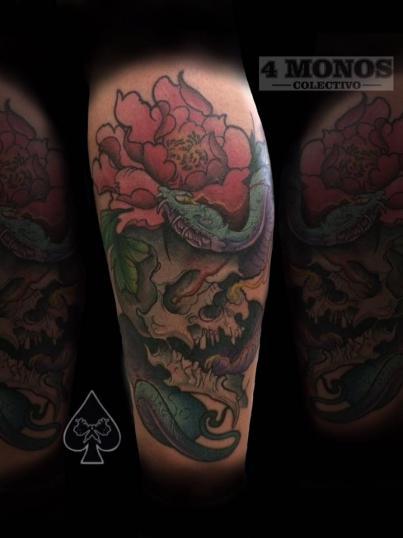 neotradicional tatuaje realizado por Uriel Martínez
