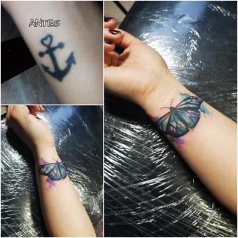 Cover Up tatuaje realizado por Omar Mendoza