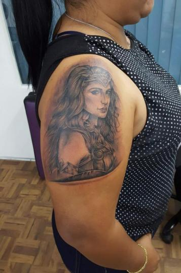 Wonder woman  tatuaje realizado por El CHAN Tattoos