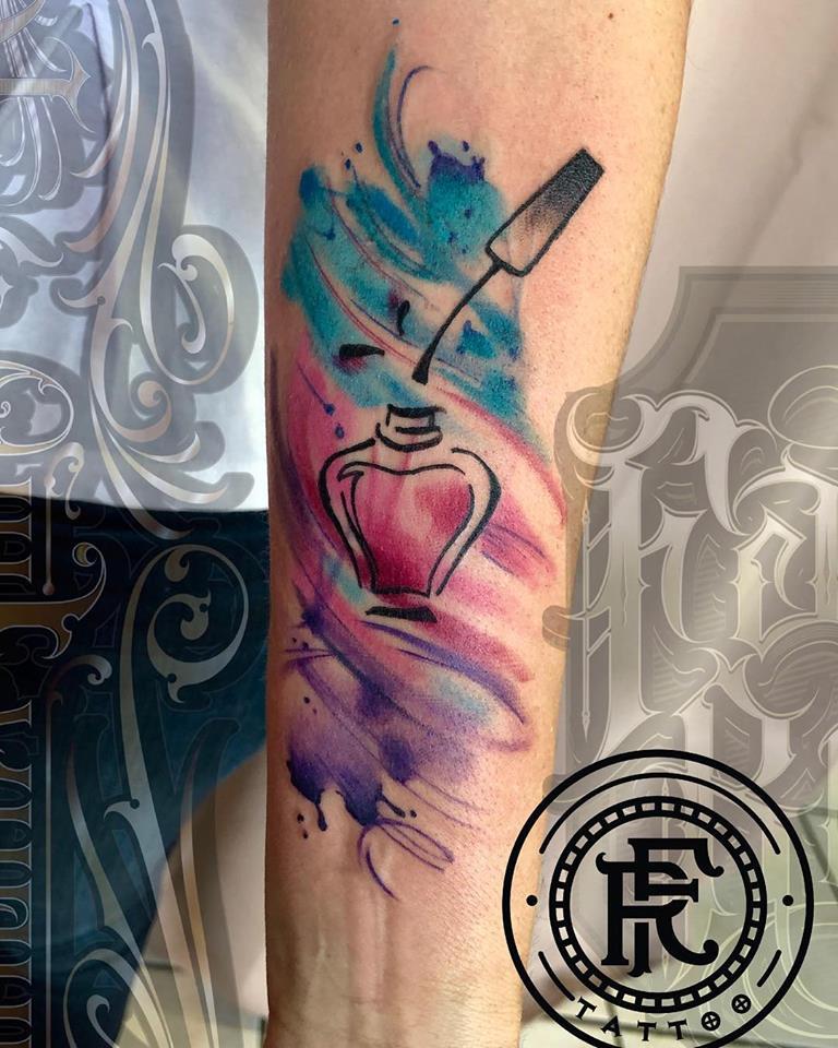 Tatuaje Del Artista Mexicano Fabian Rojas Esmalte Para