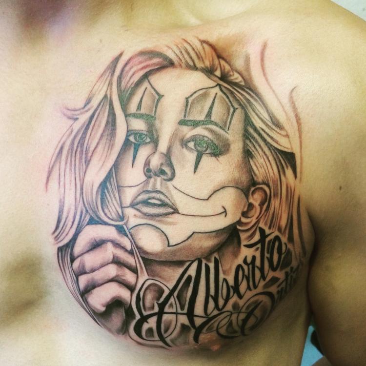 Chicano  tatuaje realizado por Cristopher Ortiz