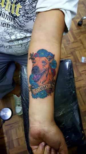 Perrito tommy tatuaje realizado por El CHAN Tattoos