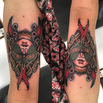 Mujer y demonio tradicional  tatuaje realizado por Edgar Constantino flores (Tino)