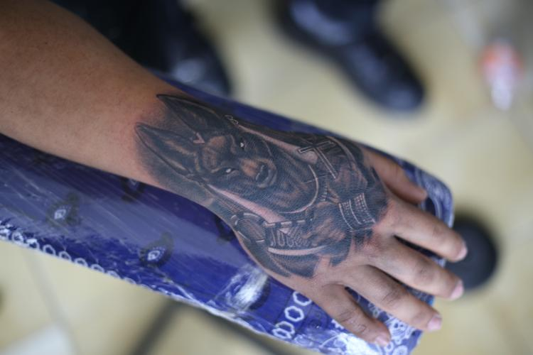ANUBIS  tatuaje realizado por Old Gangsters Tattoo Shop