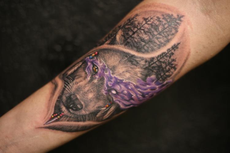 LOBO  tatuaje realizado por Old Gangsters Tattoo Shop