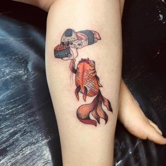 Pecesito  tatuaje realizado por Maferchu Tattoo
