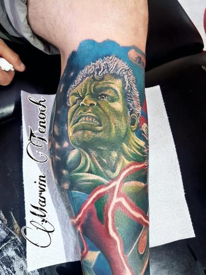 Hulk Avengers tatuaje realizado por Marvin Estudi Tenochtitlan