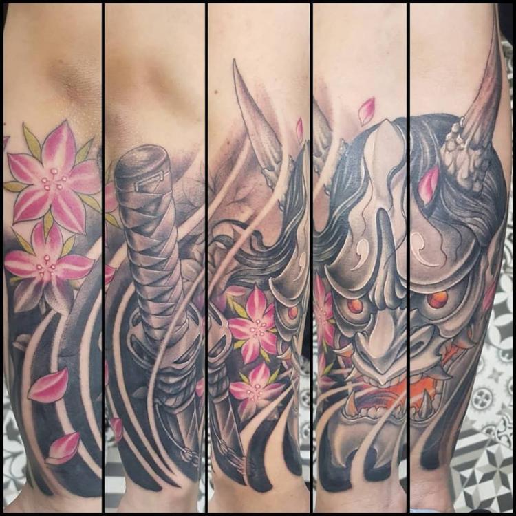 Hannya and sword  tatuaje realizado por Abraham Gart