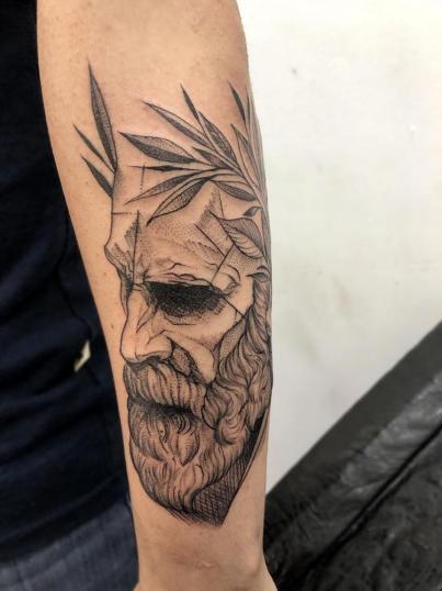 Rostro tatuaje realizado por Angel Ruiz (Hard Core)