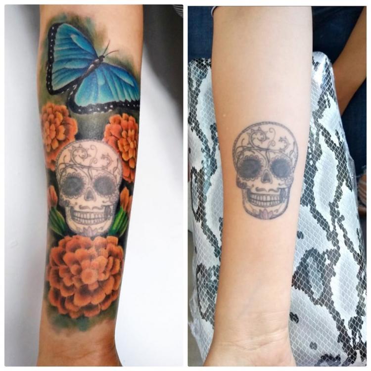Cráneo y flor de cempasúchil tatuaje realizado por Carlos Koyote Ramirez