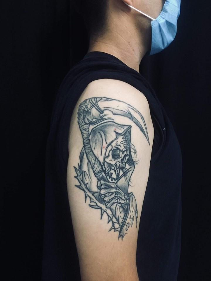 Santa Muerte Tattoo tatuaje realizado por Doble V Tattoos